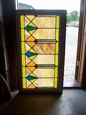 Pale Arts & crafts window with few breaks (SG 1300)