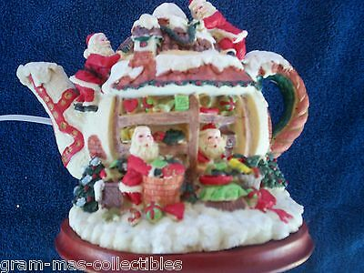 Santa Teapot Night Light Santa & Mrs Claus In House Elves On Top 6 In