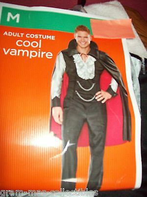 Costume Mens Cool Vampire Shirt With Vest & Cape With Attached Collar Size Med