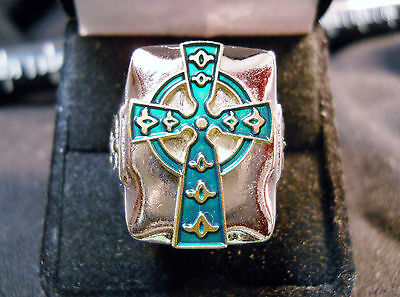 CHRISTIAN IRISH HIGH CELTIC CROSS Closionne Nickel Silver Ring GREEN & GOLD
