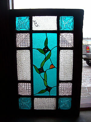 Pressed glass with floral center jewles  (SG 1381)