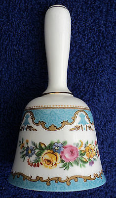 CROWN STAFFORDSHIRE LYRIC TUNIS (EMBOSSED LINE RIM) 5-inch BELL ENGLAND 1959-78
