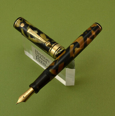 Wahl Decoband Gold Seal Fountain Pen  - Oversized, Black & Pearl (Gorgeous)