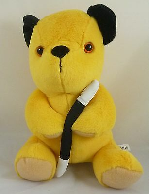 14 Inch Sooty And Friends Large Soft Toys - Sooty (PL85)