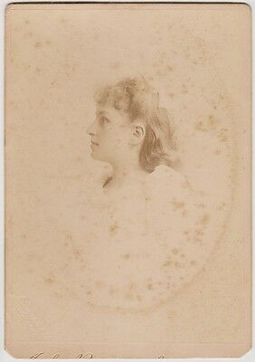 (R3-2)1900 photo young lady by John Burton appt to QVIC