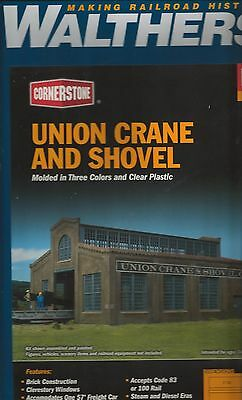 Walthers #4021 - Union Crane and Shovel Co. kit.  1/87 scale.