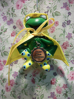NEW GANZ FROG IN RAINCOAT ORNAMENT KISS ME I'M YOURS