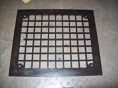 Single flat square design heating grate top (G 170)