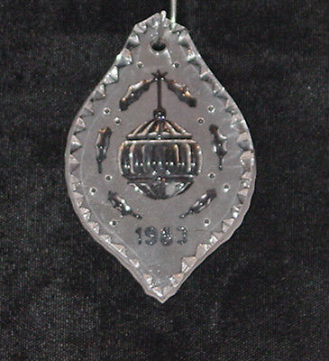 """WATERFORD CRYSTAL CHRISTMAS ANNUAL 1983 ORNAMENT """" BALL"""" MINT IN VELVET BOX"""
