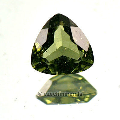 0.64cts trill 6mm moldavite faceted cutted gem BRUS600