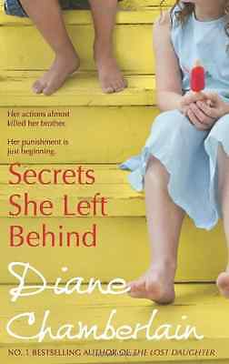 Secrets She Left Behind - Paperback NEW Chamberlain, Di 2010-08-20