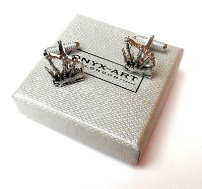 """""""Bag Pipes of Scotland"""" Metal SILVER STYLE Cuff Links in a GIFT BOX-BRAND NEW"""
