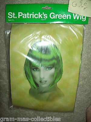 ST PATRICKS DAY SHORT STRAIGHT GREEN WIG FOR AGES 12 AND UP