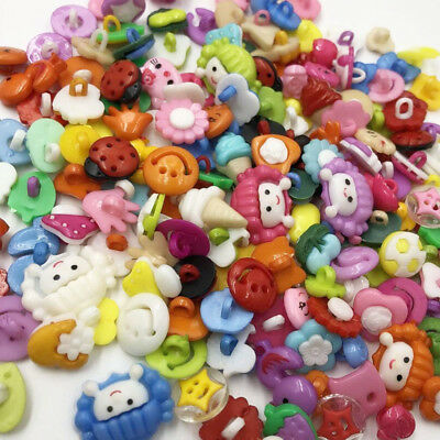 100pcs Lot Plastic Buttons Backhole Scrapbooking Sewing DIY Craft Appliques PT99