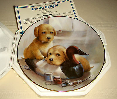 RUANE MANNING Puppy Pals Yellow Lab Siblings & Wooden Duck DECOY DELIGHT Plate