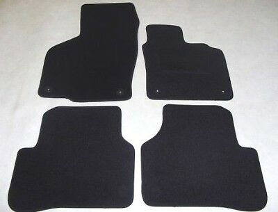 VW Passat CC 2008-on Fully Tailored Deluxe Car Mats in Black