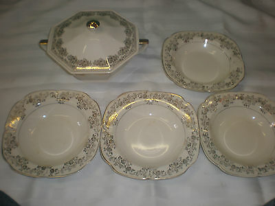 THE EDWIN M. KNOWLES CHINA CO 4  22 KT GOLD SALAD BOWLS, 22 KT BOWL WITH LID