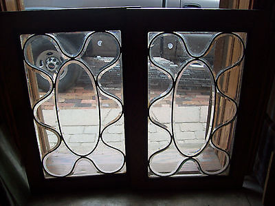 squiggly beveled glass window  (SG 1460)
