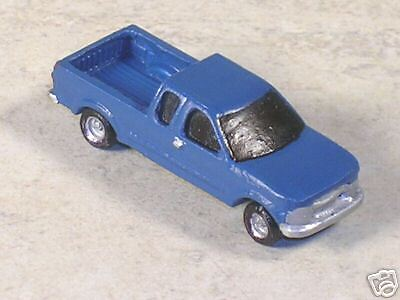 N Scale 2000 Blue Chevy  Pickup