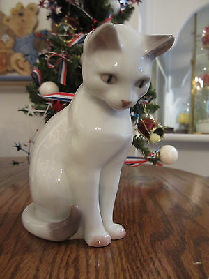 Vintage Denmark Copenhagen B&G Porcelain Sitting Cat Off White