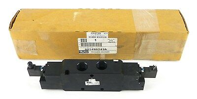 "PARKER B854BB549A 4 Way Body Ported 3 Position 3/4"" 24 VDC Solenoid Valve 1O"