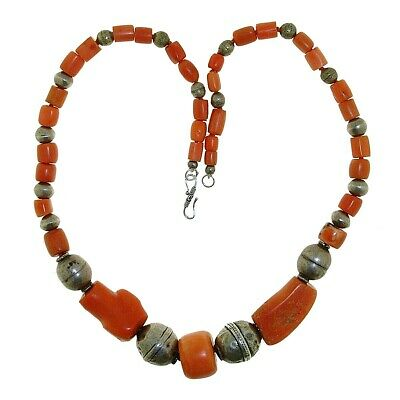 Coral Necklace. 19th century Large beads, good condition. 69grms.