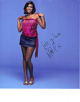 "STUNNING 10"" x 8"" PHOTO PRINT (COA) SIGNED ""TTM"" BY POOJA SHAH ""EASTENDERS"" FAME"
