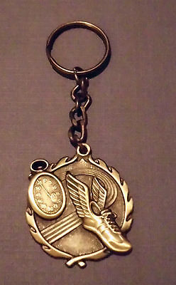TRACK CROSS COUNTRY KEYCHAIN 3D KEY CHAIN AWARD DRIVER GOLD MEDAL MEDALLION