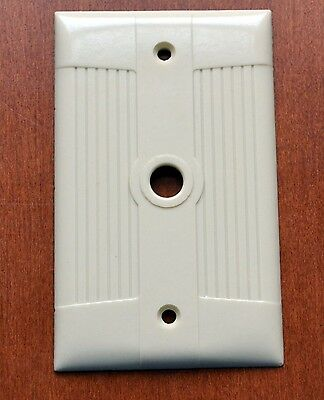 Vintage Bakelite EAGLE Ivory 1 Gang Coax Plate Cover (More available)Mid-century