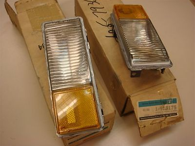NOS GM PAIR # 913175 # 913176 LH&RH Lamp Cornering Side Marker Buick B,C 77-79