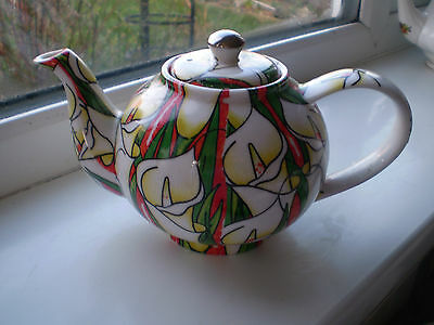 Quirky Cardew Lillies Teapot for One