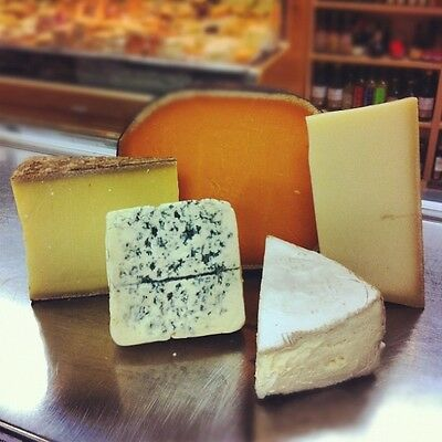 French Cheese Sampler by Cheesyplace (1kg)