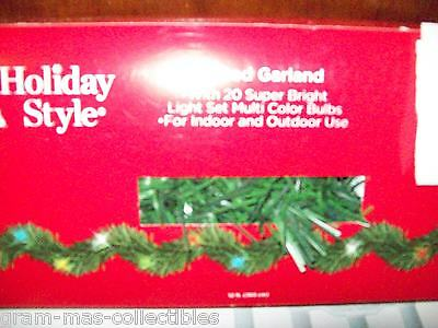 Lighted Garland 12 Ft (365 Cm) With 20 Super Bright Clear Bulbs