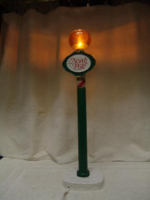 """VINTAGE ADJUSTABLE NORTH POLE LIGHT/LAMP 19""""-29"""" TALL FOR YOUR ANIMATED FAMILY"""