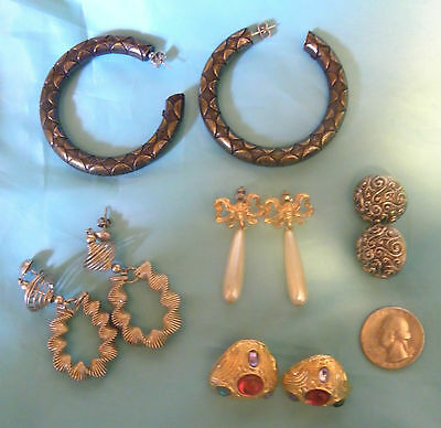Fabulous Lot of 5 Different  Vintage Pair of Pierced Earrings.