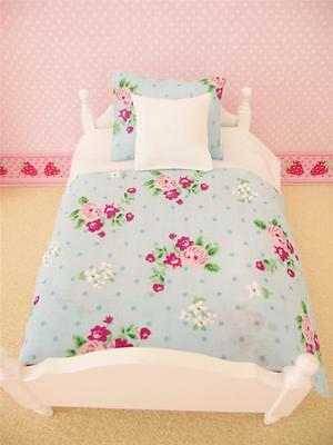 Miniature Wooden Dolls House 12Th Scale Single Bedding Set Blue White Floral