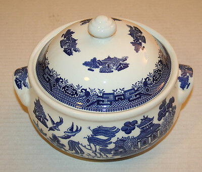 Churchill BLUE WILLOW Dinnerware Made in England Covered Serving Bowl EUC