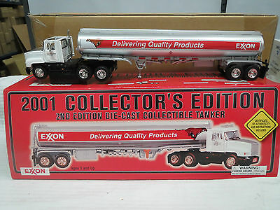 EXXON 2001 DIE CAST TANKER COLLECTOR EDITION RARE!!!