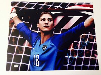 """HOPE SOLO AUTOGRAPHED/SIGNED """"AMERCIAN FLAG"""" 16X20 PHOTO JSA W AUTHENTICATED"""
