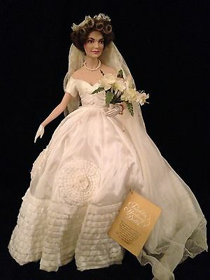 Jacqueline Kennedy Bridal Doll (ANTIQUE) ***FREE SHIPPING***