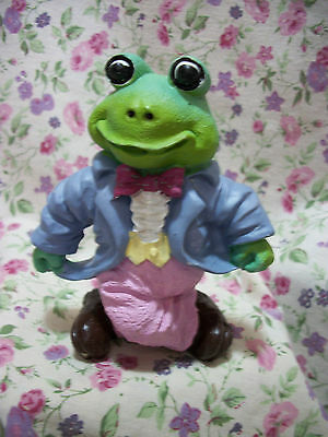 New Frog Figure Male Dancing