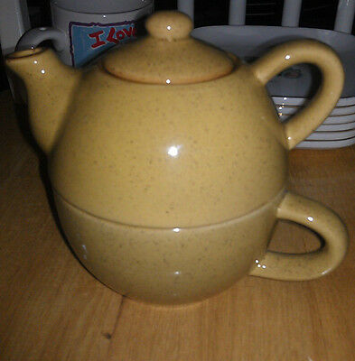 Pier 1 Gold Speckled Individual Teapot and Cup Set