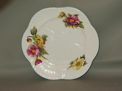 SHELLEY - Begonia Dainty #13427 - BREAD & BUTTER PLATE - minor crazing B15E