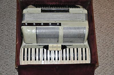 VINTAGE LARENTI WHITE PEARL ACCORDION WITH CASE  MADE IN ITALY