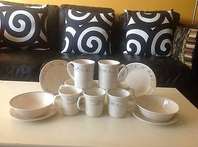 Corelle FIRST OF SPRING Dinnerware set 14 Pieces & CORELLE FIRST OF SPRING Dinnerware set 14 Pieces - $19.95 | PicClick