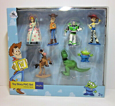 NEW Peter Pan Collectible Figures Set Disney Park Exclusive - Tinker Bell Wendy
