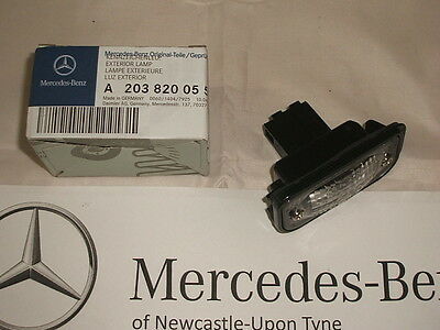 Genuine Mercedes-Benz W203 C-Class REAR Number Plate Lamp A2038200556 NEW