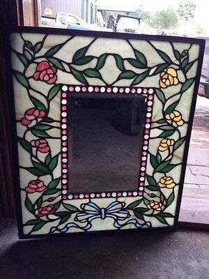 Beautiful Antique Stain Glass Window With Lots Of Jules And Flowers Sg 20