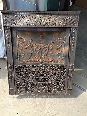 Cast-Iron Fire Front Complete With Cover With Dragons And DolphiN F 8