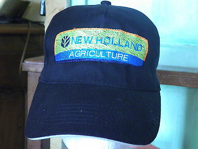 CASQUETTE LOGO NEW HOLLAND  Broderie et création exclusive
